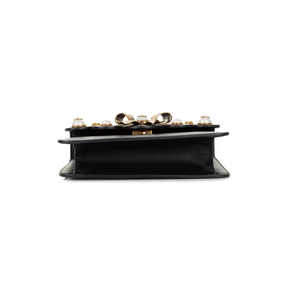 98bb9c88f465b6 ... Metal Ribbon Pearls Leather Flap Bag + Belt by Gucci - Le Dressing  Monaco. Gucci