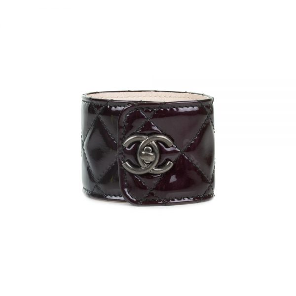 Turnlock Black Patent Leather Manchette by Chanel - Le Dressing Monaco