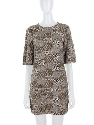 Geometric Knitted Gold Dress 2 Pockets by Chanel - Le Dressing Monaco