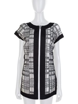 Black White Zipped Sport Top by Chanel- Le Dressing Monaco