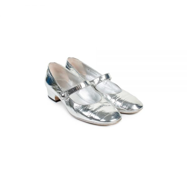 Silver Metallic Leather Ballerinas by Chanel- Le Dressing Monaco