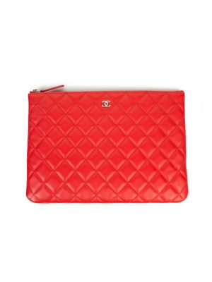 Red Leather Quilted Wallet by Chanel - Le Dressing Monaco