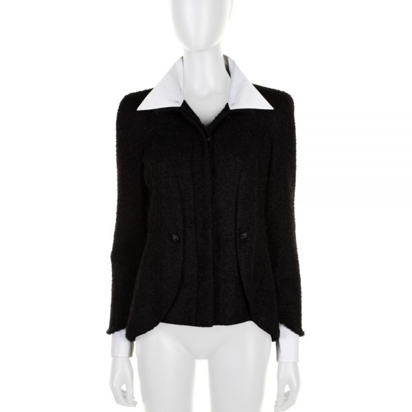 Black White Removable Collar Boucle Jacket by Chanel - Le Dressing Monaco