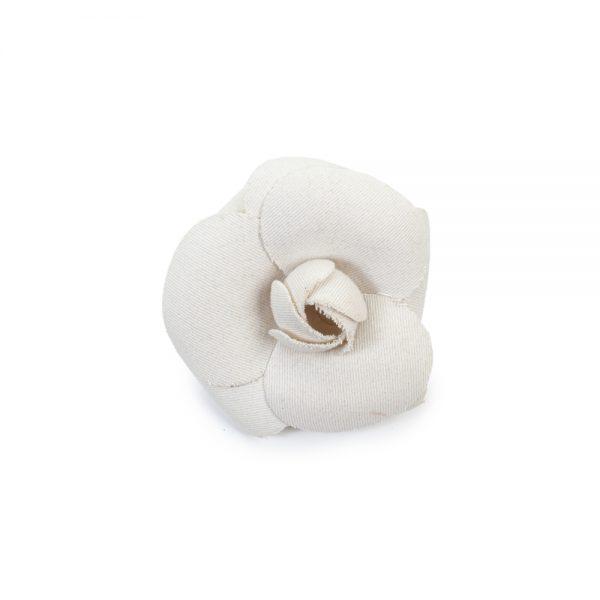 Off-White 3 Petale Camellia Brooch by Chanel - Le Dressing Monaco