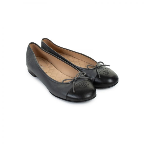 Two Tone Leather Ballerinas Flat by Chanel - Le Dressing Monaco